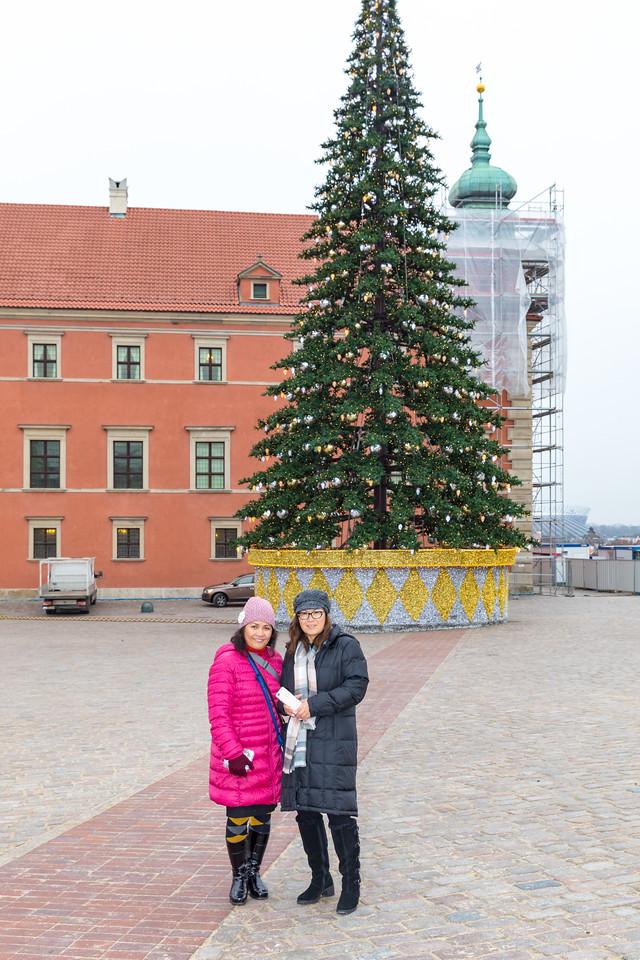 IMG_2045 - Grace & Susan - Warsaw
