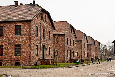 Auschwitz12_08