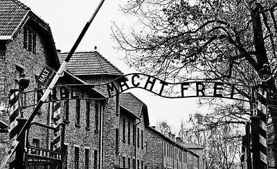 Auschwitz12_03