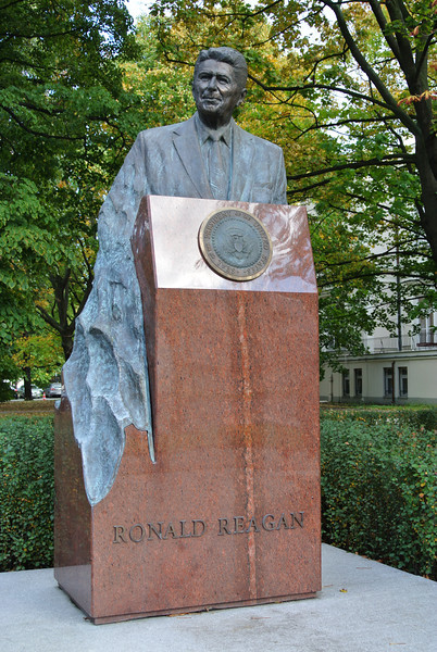 New statue of Ronald Reagan across from the US Embassy in Warsaw
