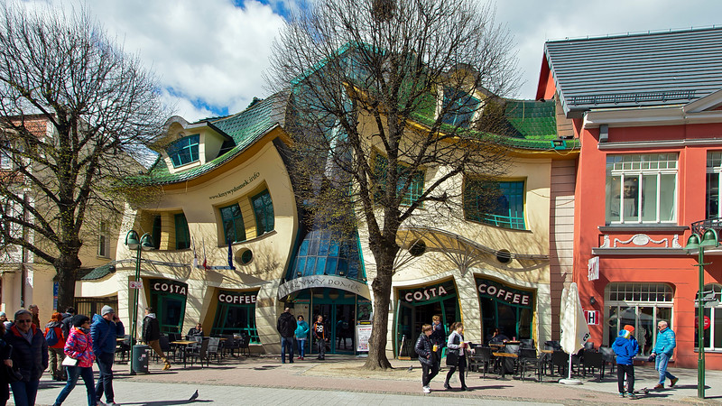 Krzywy Domek Sopot, Poland