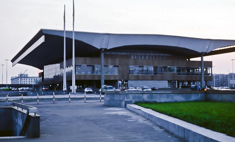 Warsaw railway station 1973