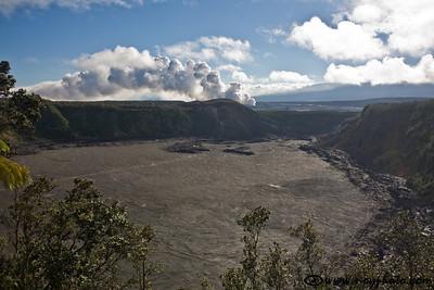Kilauea Iki crater (little Kilauea)