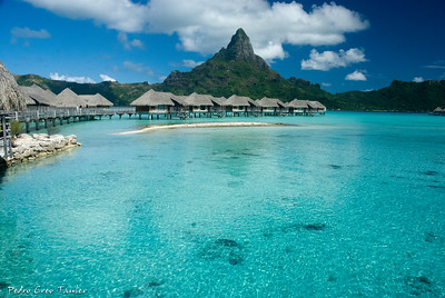 Lagoon,Bora-Bora,from a motu,Society Islands,French Polinesia