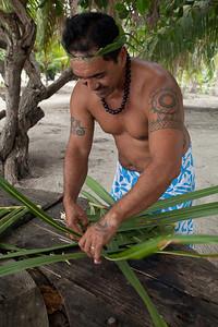 CAD35568 - Polinesiano, arte dell'intreccio di foglia di cocco