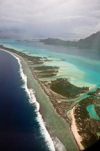 CAD35301 - Bora Bora, barriera corallina