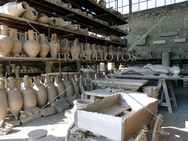 Pots and Pompeii ruins in Italy.