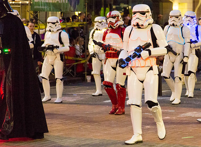 Star Wars troopers ... run for your lives.