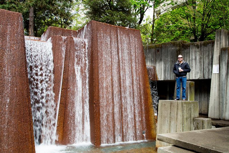 Sean owns the fountain!