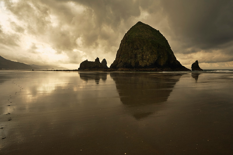 Cannon Beach in the morning