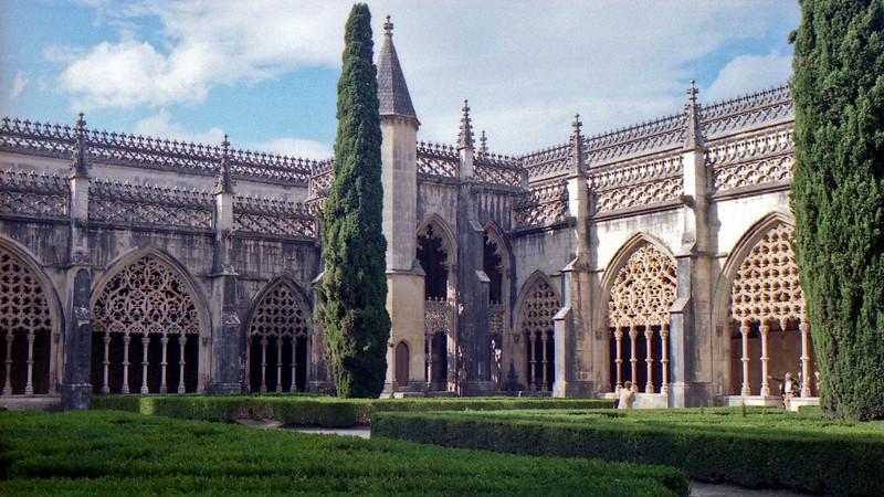 The cloisters at Batalha.