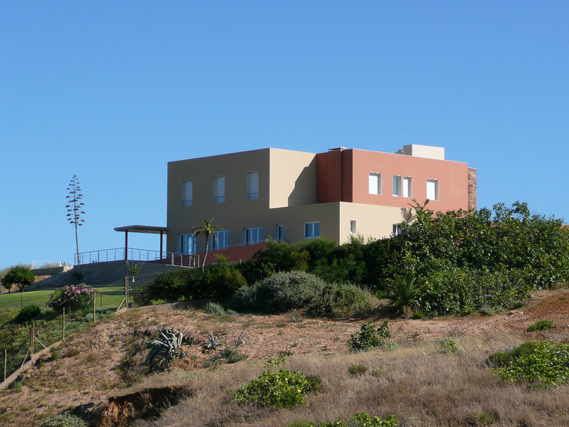 A quinta (estate) on the cliff overlooking the beaches.