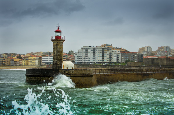 Lighthouse Lady of Light - Farol de Felgueiras