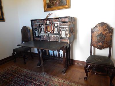 Sintra Palace - cabinet