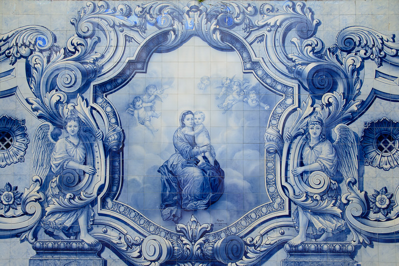 Many of the landings in the staircase had azulejos.  This one is fairly modern, from 1956.