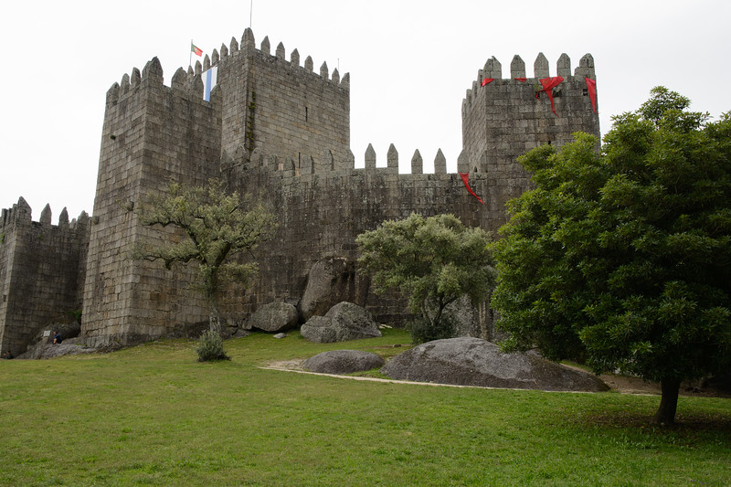 Next door is the 10th-century castle that is said to be the birthplace of Portugal's first king, Afonso Henriques.