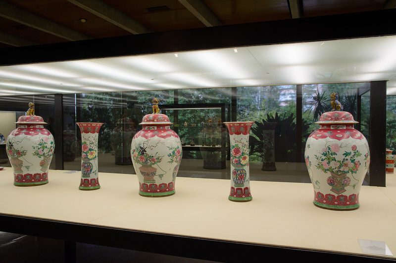 Qing Dynasty jars and vases from China, mid-18th century
