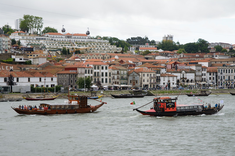 We were right on the river, which made for great people watching.  We also admired the view across the river of the Port houses in Vila Nova de Gaia.