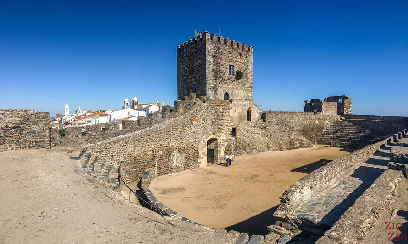 Chateau de Monsaraz Portugal 3