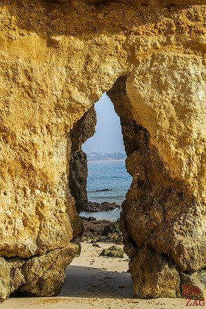 Praia do Camilo Lagos Portugal 3