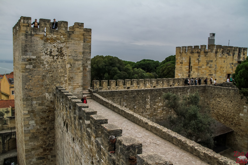 Exploring the Lisbon Castle of Sao Jorge 2