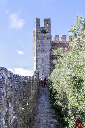 Walking walls of Obidos 3