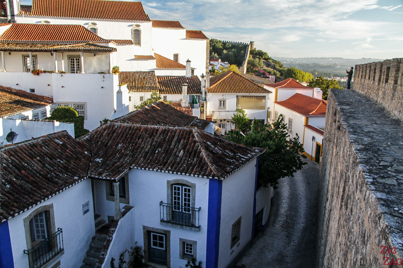 Walking walls of Obidos 4