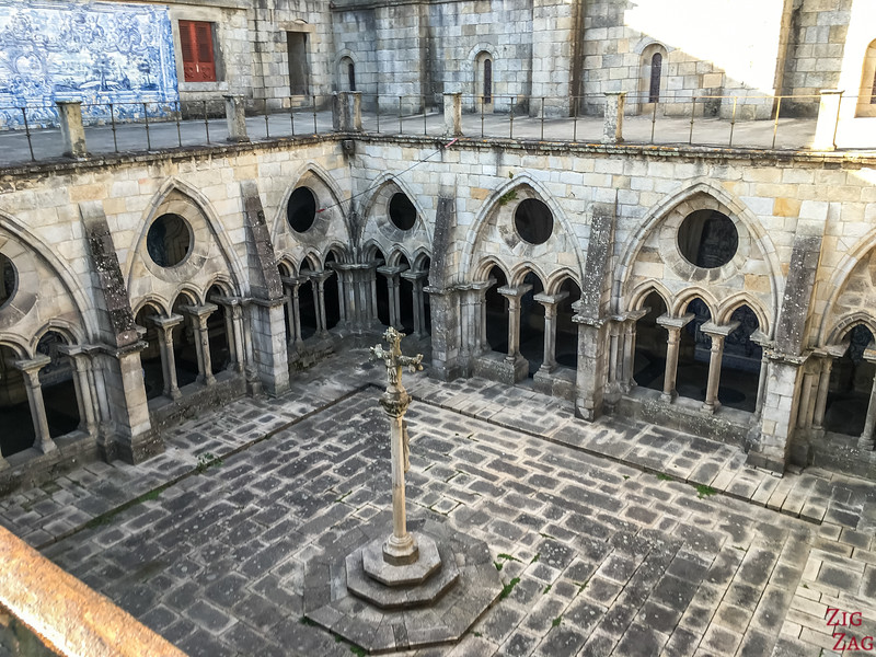 Top cloister Porto Cathedral 3