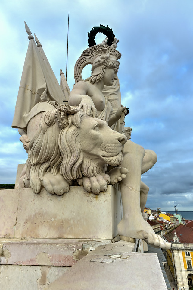 Triumphal Arch along Augusta Street - Lisbon