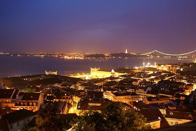Näkymä Castelo Sao Jorgen linnoitukselta Lissabonissa. - View over Lisbon from Saint Jorge's Castle, 2007.