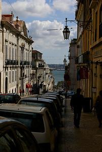 Katunäkymä Lissabonissa. - Street view at Lisbon, Portugal, 2007