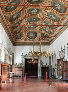 Palacio Nacional de Sintra, Sala dos Cisnes, the banqueting hall.  The ceiling was painted in the 17th century and is divided into octagonal panels decorated with swans (cisnes).