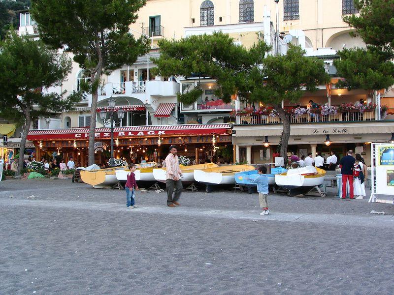 our favorite restaurants -- Chez Black and Le Tre Sorrelle