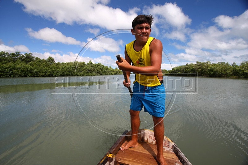 An oarsman takes tourists through an estuary near Jericoacoara in Brazil's northeastern Ceara state.(Australfoto/Douglas Engle)
