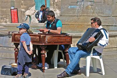 Street performers. Arles, France.