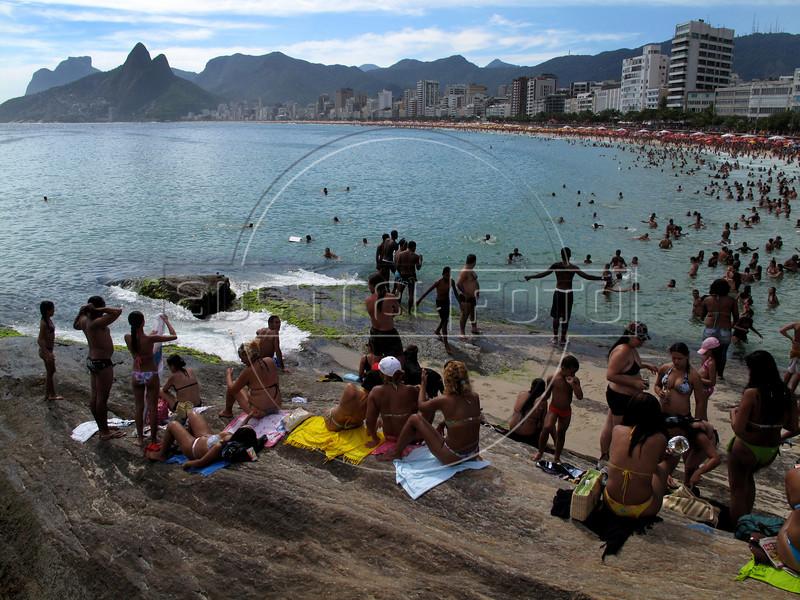 Arpoador Beach in Rio de Janeiro.(Australfoto/Douglas Engle)