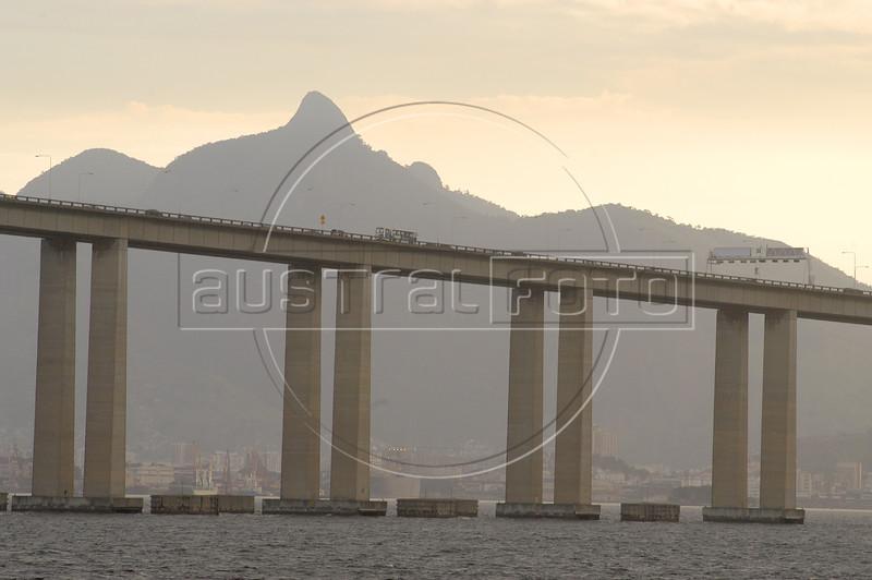 The Niteroi Bridges spans the Guanabara Bay, connecting Rio de Janeiro with Niteroi. (AustralFoto/Douglas Engle)