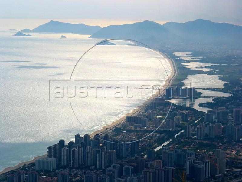 A view of the fastest growing district of Rio de Janeiro,  Barra da Tijuca.(AustralFoto/Douglas Engle)
