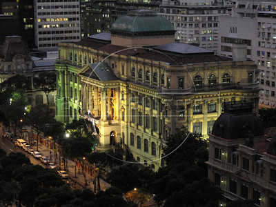 A view of the Museu Nacional de Belas Artes (National Fine Arts Museum) in downtown Rio de Janeiro. The museum, inaugurated in 1938, occupies a building constructed between 1906-1908, and holds around 16 thousand pieces. (Australfoto/Douglas Engle)