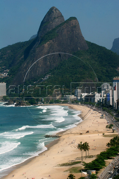 A view of the Two Brothers Mountain, seen from the Ceasar Park hotel In Rio de Janeiro, Brazil, August 23, 2006. (Photo/Douglas Engle/AustralFoto)