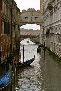 Venice, Bridge of Sighs, Grand Canal, Italy.