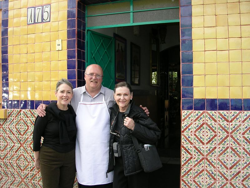 2/24/05 Cathey, Stan Singleton (owner) and Lenore in front of Casa de las Flores in Tlaquepaque as we leave for DF.