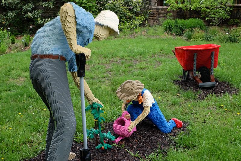 legos_gardeners-5036