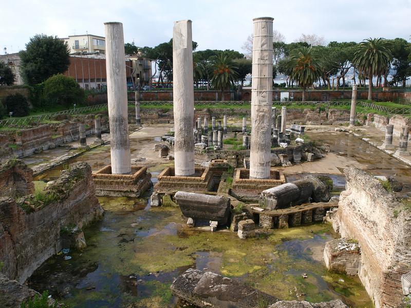 Il tempio di Serapide a Pozzuoli