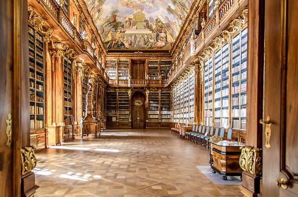 Strahovsky Knihova: Library