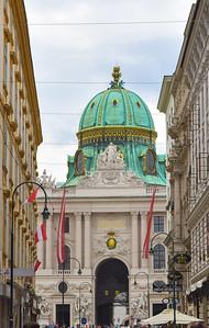 Vienna: Spanish Riding School (Spanische Hofreitschule)