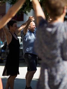 Fête Catalane Dancing
