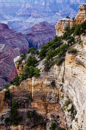 variagated rocks grand canyon 2347cf