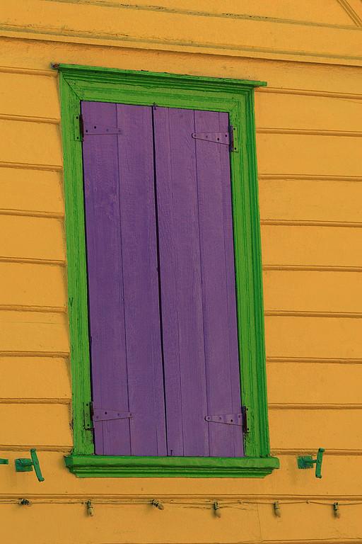 Colors,Antigua