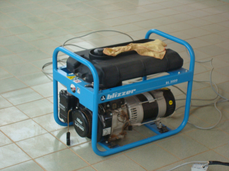 And here is a picture of my best friend, the generator. Since the house is small, it provides electrical power for everything. Now that the electrician changed almost all the wiring inside the house, I can even have the two air conditioners on at the same time.
